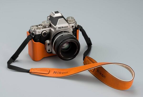 Nikon Df leather case and strap